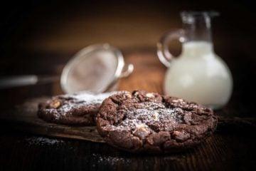 Biscuit au chocolat et noisette